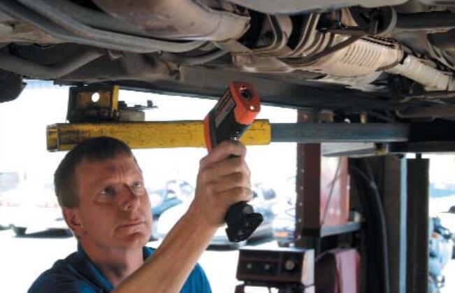 美国雷泰Raytek AutoPro ST25-用于汽车故障诊断的红外测温仪